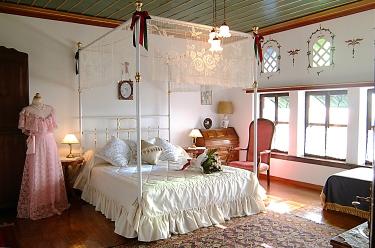 Glorious Peleys Castle Hotel Wedding Double Suite